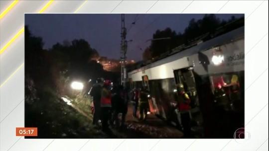 Trem descarrila em Barcelona e deixa 1 morto e 5 feridos