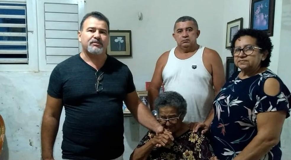 Maria da Conceição tem 84 anos e passou 22 dias internada — Foto: Cedida