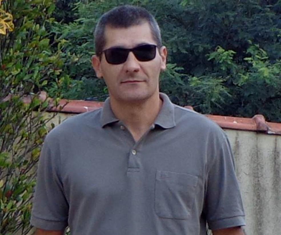 Euler Fernando Grandolpho, de 49 anos, atirador que matou 4 pessoas na Catedral de Campinas e depois se matou — Foto: Reprodução/Facebook