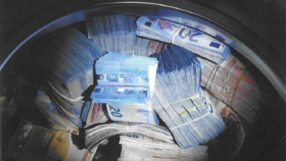 Máquina de lavar continha 350 mil euros — Foto: Polícia da Holanda/Divulgação