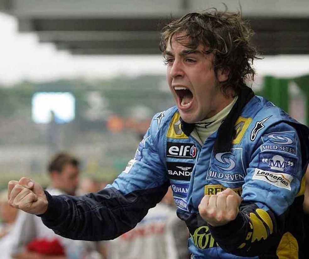 Alonso conquistou seu primeiro título mundial em 2005, no Brasil (Foto: Divulgaçao)