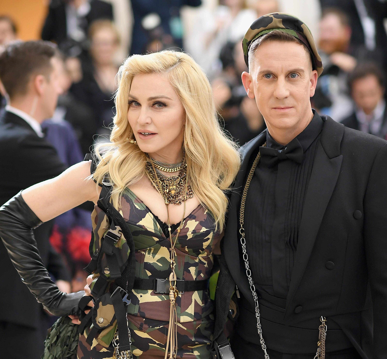 A celebração mais memorável de Jeremy Scott foi uma da sua amiga Madonna (Foto: Getty Images)