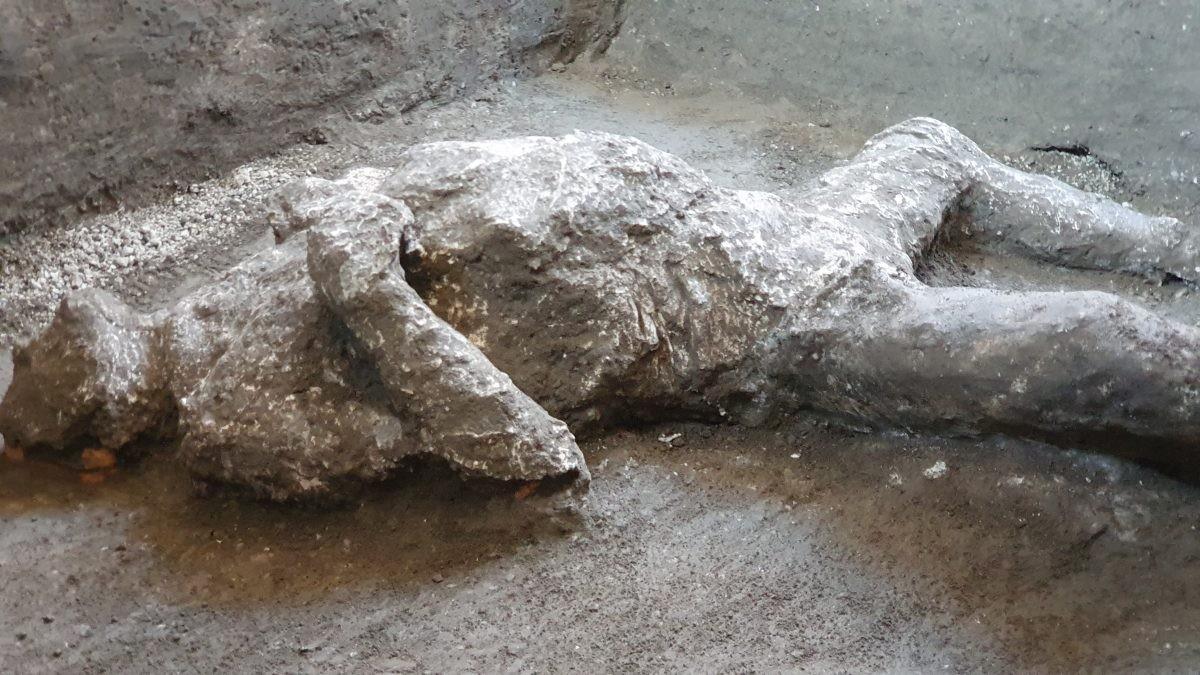Uma das vítimas reconstruídas seria membro da elite (Foto: Parco Archeologico di Pompei)