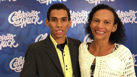 Participante do 'Quem Quer Ser Um Milionário' diz o que pretende fazer com prêmio de R$ 50 mil: 'Seguir carreira artística'