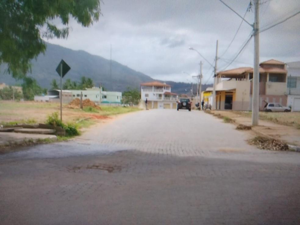 Acidente ocorreu no Bairro JK 2 — Foto: Reprodução/Inter TV dos Vales