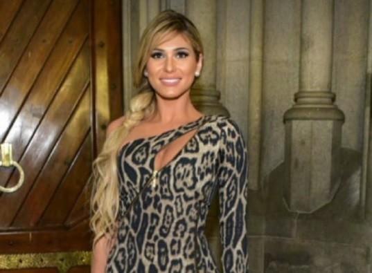 Lívia Andrade quase é furtada em saída de casamento de Lexa e MC Guimê: 'Me tremi todinha'