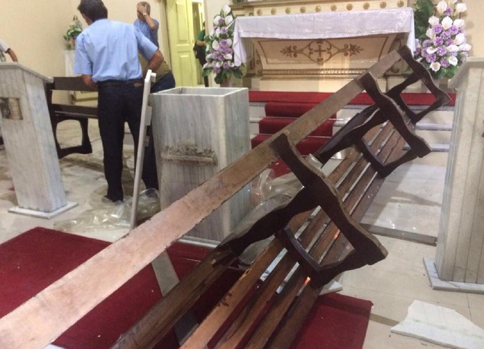 Resultado de imagem para Capela em Fortaleza (CE) é alvo de roubo e vandalismo