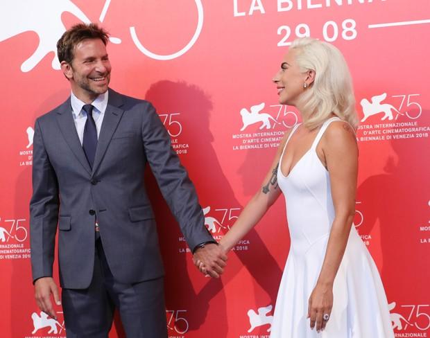 Bradley Cooper e Lady Gaga no Festival de Veneza (Foto: Getty Images)