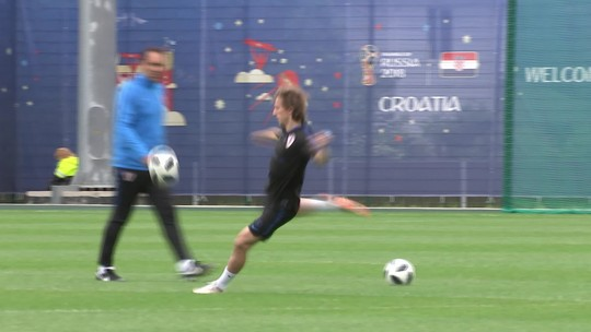 Líder do Grupo D, Croácia treina para enfrentar a Islândia