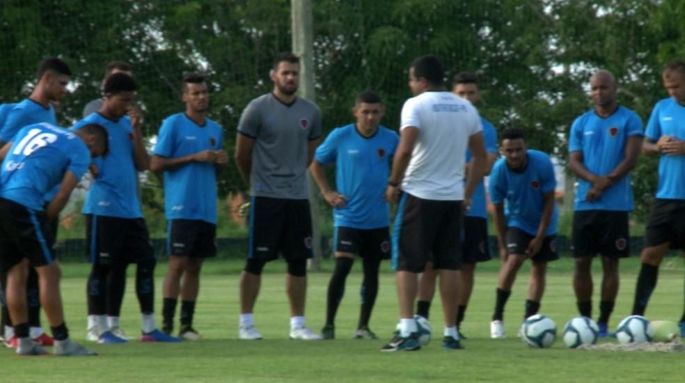 Treino Botafogo-PB em Teresina (Foto: TV Clube)