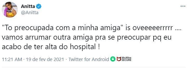 Anitta diz que teve alta hospitalar após  infecção alimentar