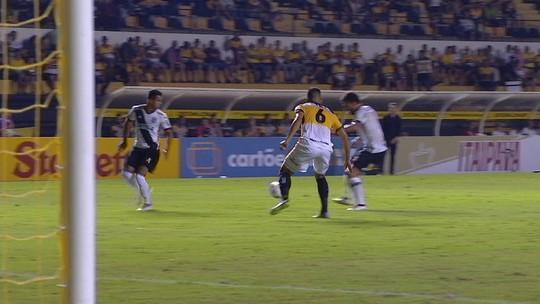 Melhores momentos de Criciúma 0 x 1 Ponte Preta pela 2ª rodada do Brasileirão Série B