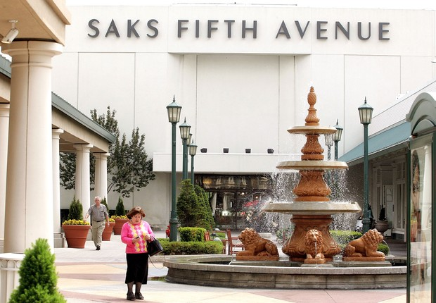 Unidade da Saks Fifth Avenue em Illinois (Foto: Tim Boyle/Getty Images)