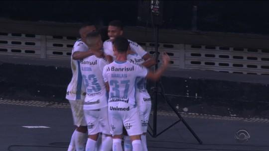 Com assédio a Jean Pyerre, Grêmio volta a Porto Alegre e sai de férias com confiança renovada