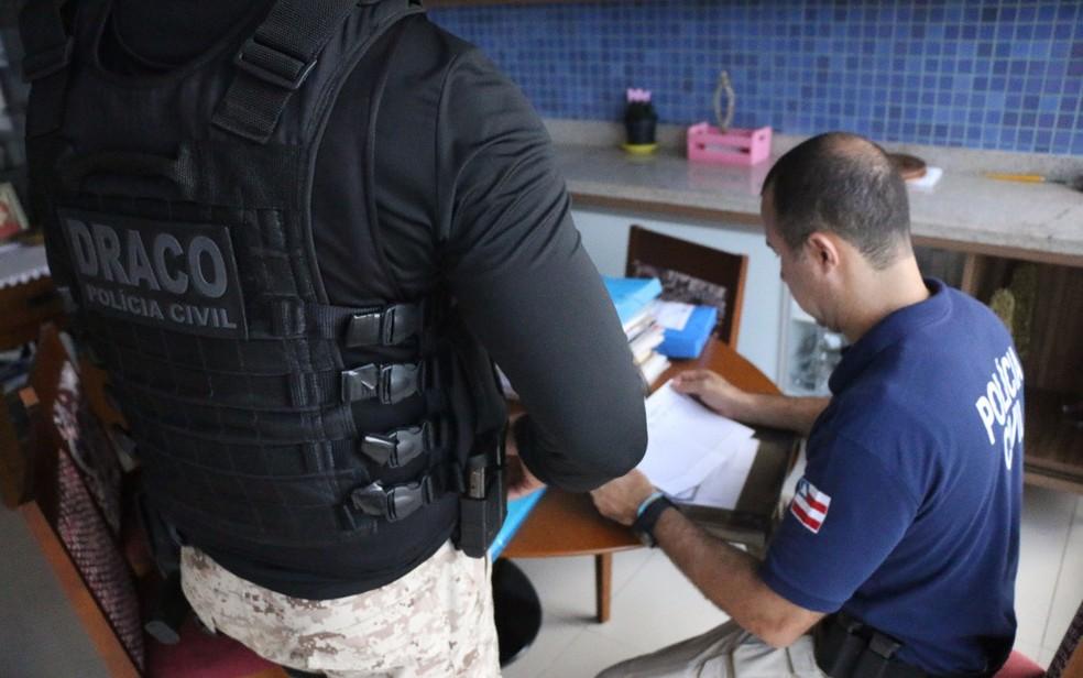 Operação cumpre mandados em Salvador, Simões Filho e Lauro de Freitas (Foto: Alberto Maraux/ SSP-BA)