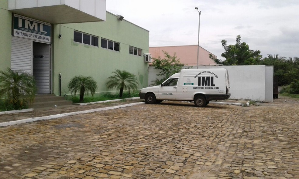 Instituto Médico Legal de Teresina — Foto: Gilcilene Araújo/G1