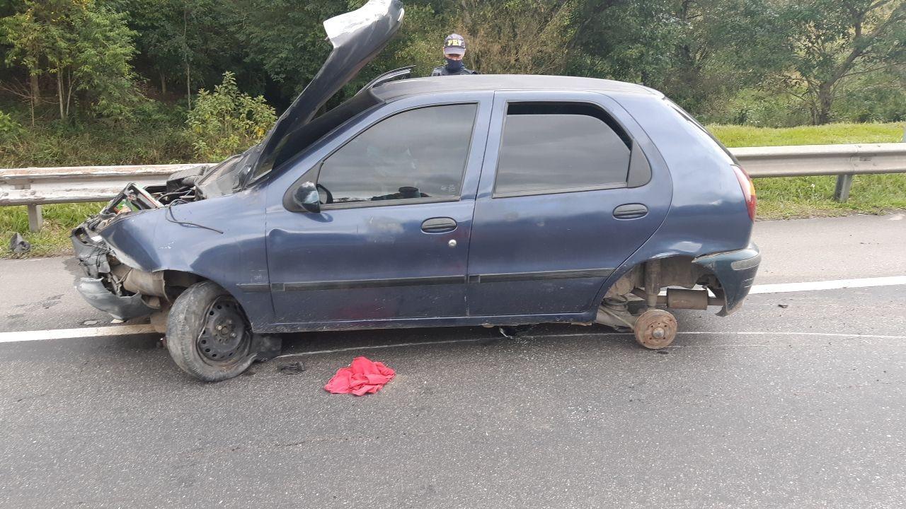Dirigindo sem habilitação, jovem causa acidente na Via Dutra, em Barra Mansa