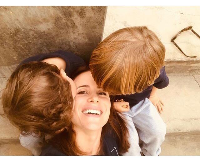 Camila Czerkes com os filhos (Foto: reprodução/ Instagram)