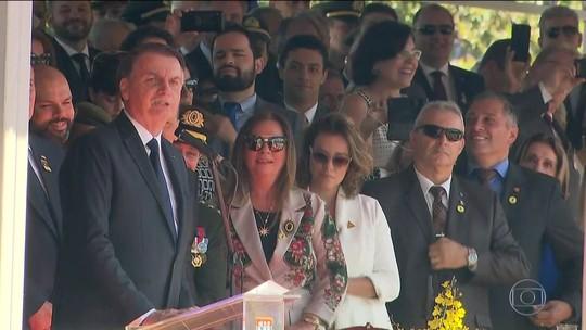 Precisamos da imprensa para que 'a chama da democracia não se apague', diz Bolsonaro