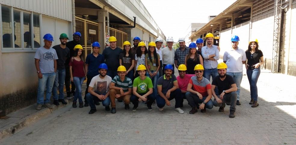 Alunos de Engenharia Civil da Faculdade de Engenharia de São Paulo (FESP) realizaram visita monitorada na fábrica do Grupo Premodisa (Foto: Divulgação)