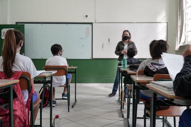 Volta às aulas em SC: Segundo semestre letivo começa nas escolas estaduais