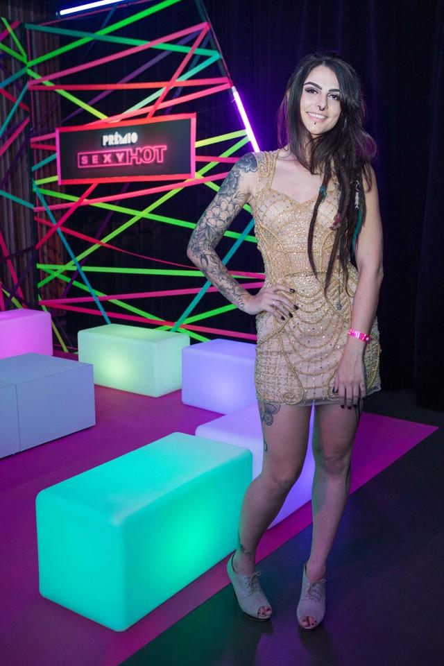 DreadHot, uma das atrizes que representa o novo pornô com espaço para mulheres diferentes, trans e LGBTQ (Foto: Ricardo Cardoso)