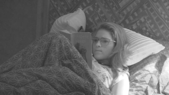 Ana Clara lê no Bangalô após noite de formação de Paredão
