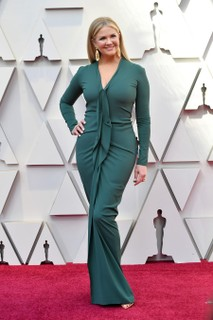 Nancy O'Dell veste Roland Mouret