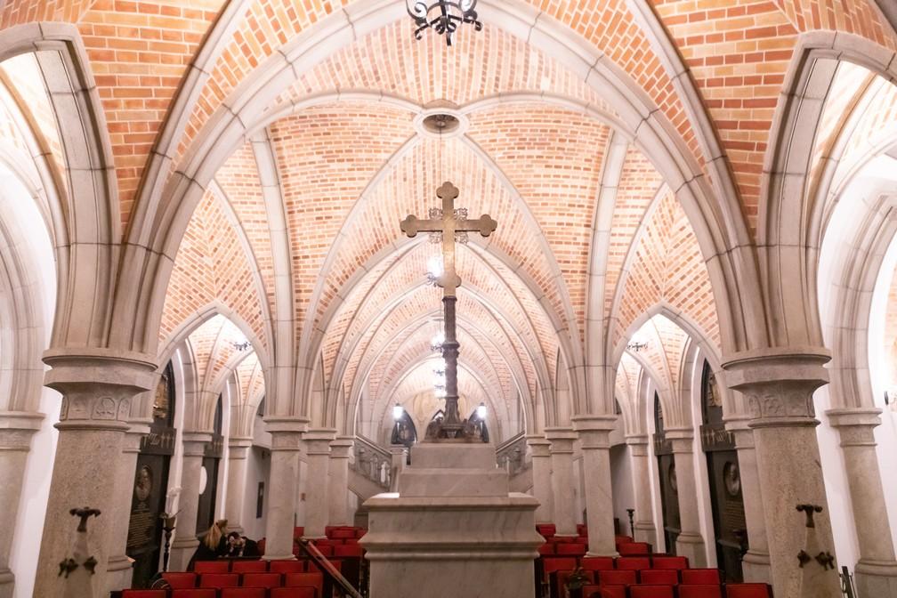 Teto da cripta da Catedral da Sé, em São Paulo — Foto: Celso Tavares/G1