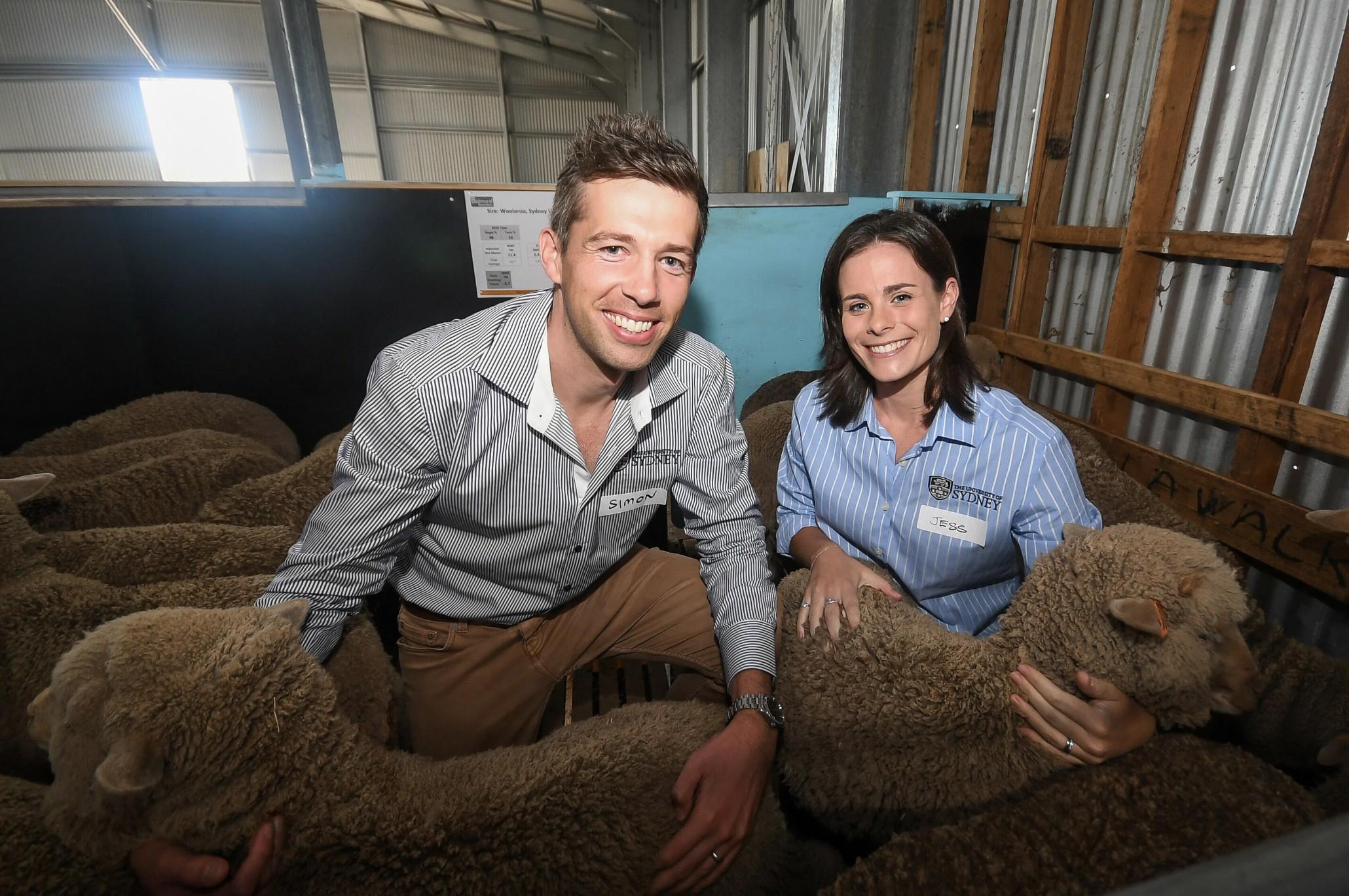 Professor Simon de Graaf e a doutora Jessica Rickard, responsáveis pelo trabalho (Foto: Morgan Hancock/ The University of Sydney)