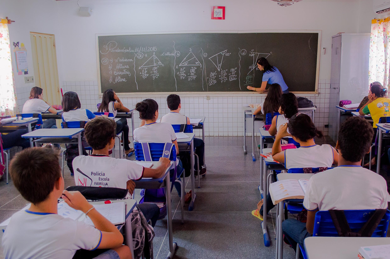 MP recomenda distanciamento e não-obrigatoriedade de ir às aulas durante a pandemia em Vera (MT)