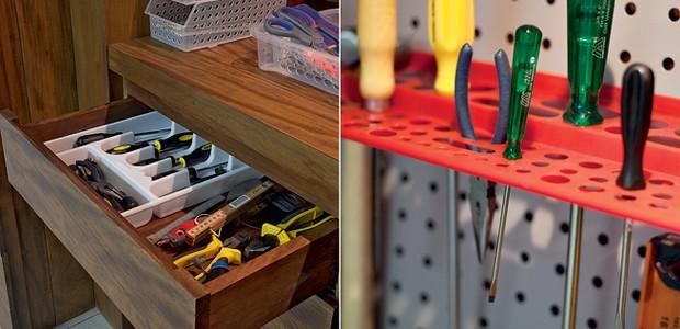 As gavetas têm divisórias para guardar separadamente as ferramentas. as peças menores ficam em cestas de plástico sobre a bancada de madeira. Ao lado, as placas de metal com prateleiras de encaixe deixam acessíveis as ferramentas mais usadas (Foto: Pedro Abude)