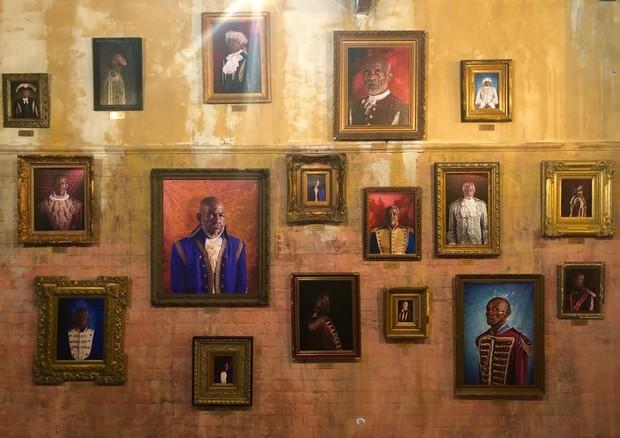 Uma das exposições em cartaz na Fabrica de Arte Cubano (Foto: divulgação)