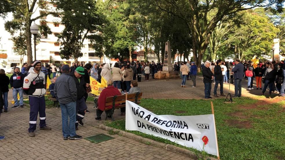 Em Cruz Alta, serviços de saúde e escolas estão paralisados — Foto: Lahis Welter/RBS TV