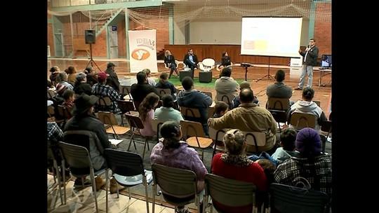 JA Ideias Comunidade informa população sobre o desligamento do sinal analógico