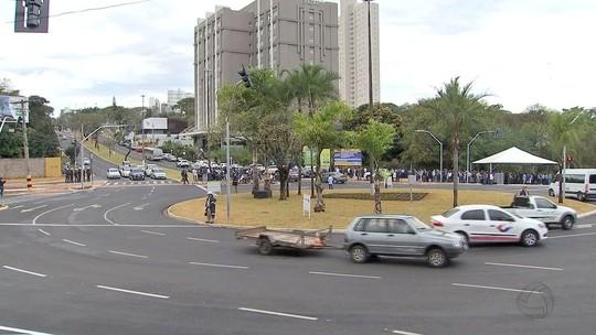 Obra da rotatória da Via Park com avenida Mato Grosso é inaugurada