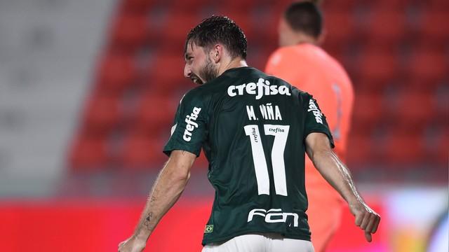 Matías Viña fechou o placar na Argentina