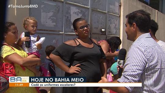 Mães reclamam da falta de fardamento no Colégio Municipal Gersino Coelho, em Narandiba