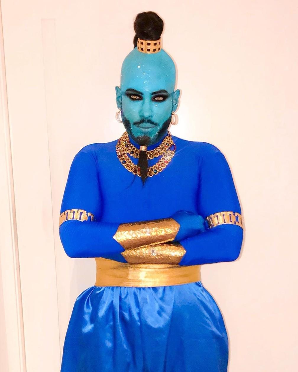 """Hugo Gloss se fantasiou como o Gênio da Lâmpada, do filme """"Aladinn"""", para festa de Halloween de Anitta — Foto: Reprodução/Instagram/HugoGloss"""