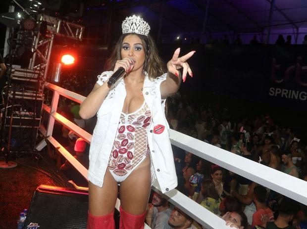 Alinne Rosa (Foto: Thiago Duran e Webert Belício/AgNews)