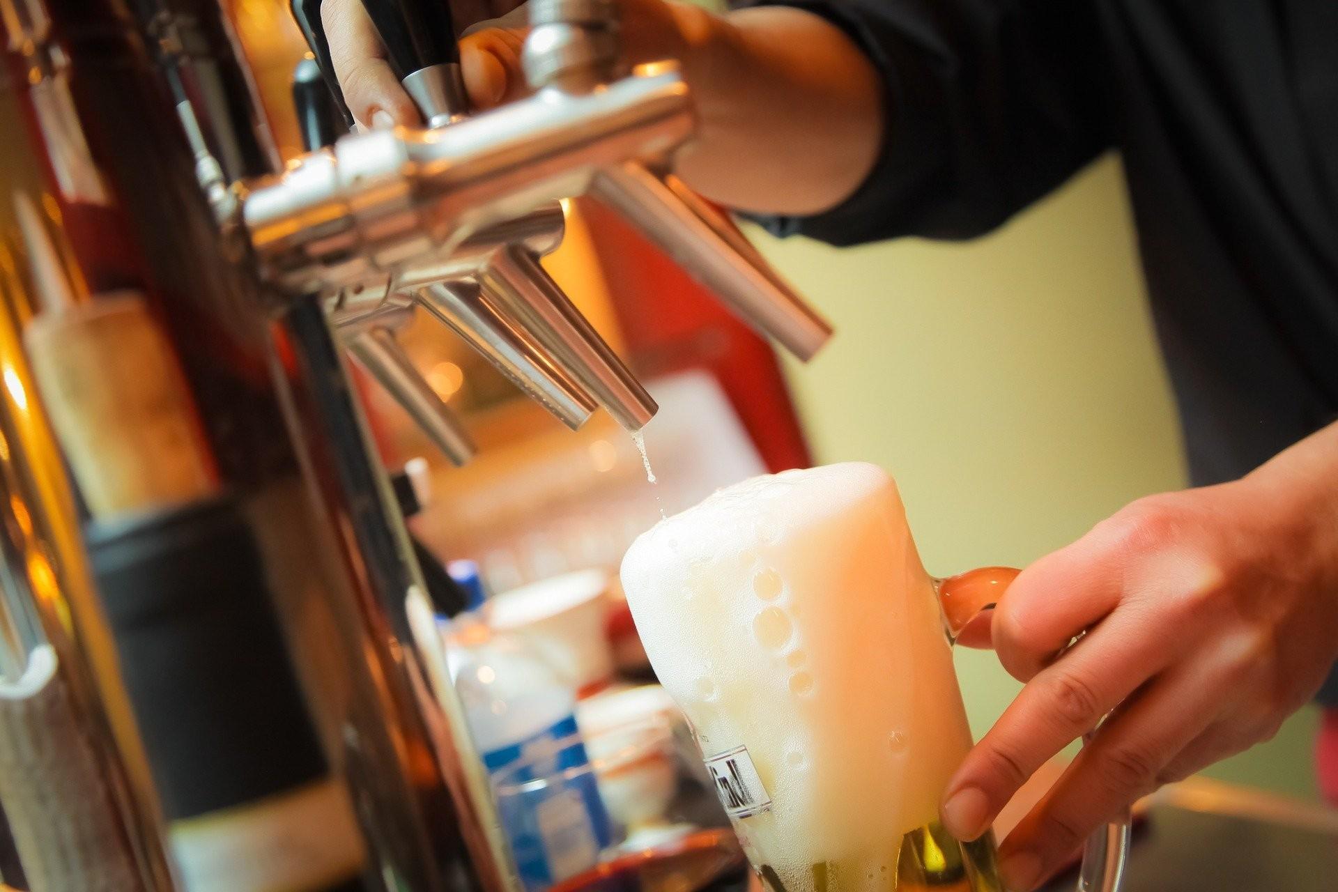 Cervejaria eleita como melhor do mundo é novidade na edição de carnaval do 'Beba do Quadrado', no DF