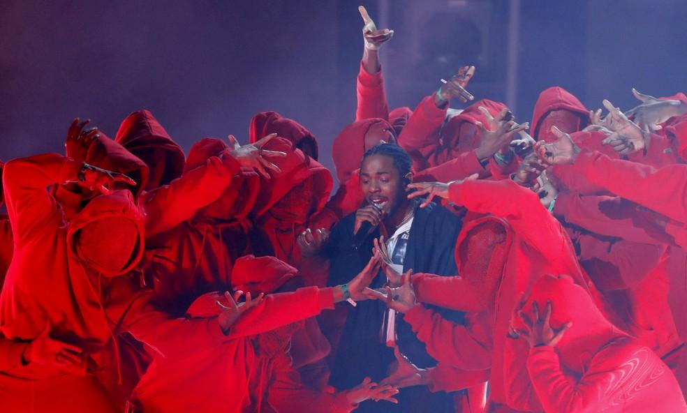 -  Kendrick Lamar se apresenta no Grammy 2018  Foto: REUTERS/Lucas Jackson