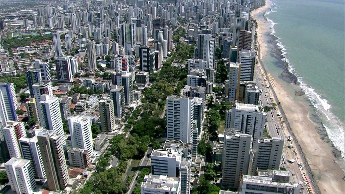 Réveillon: Jaboatão proíbe comércio, toldos, tendas, mesas, cadeiras,  guarda-sol e caixas térmicas na praia | Pernambuco | G1