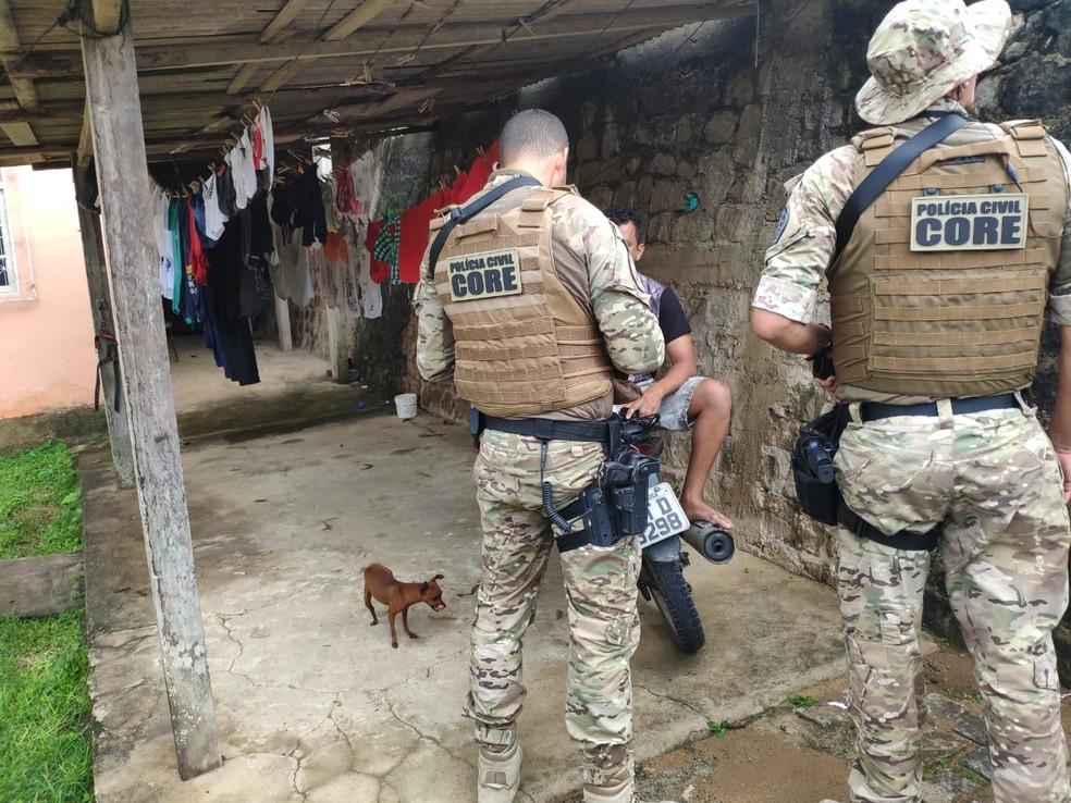 Operação nacional prendeu 55 pessoas no ES e apreendeu 8 adolescentes — Foto: Divulgação/Polícia Civil ES