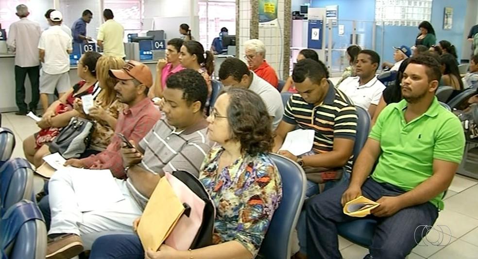 Mais de 5 mil trabalhadores não sacaram o Pis/Pasep no Tocantins (Foto: Reprodução/TV Anhanguera)