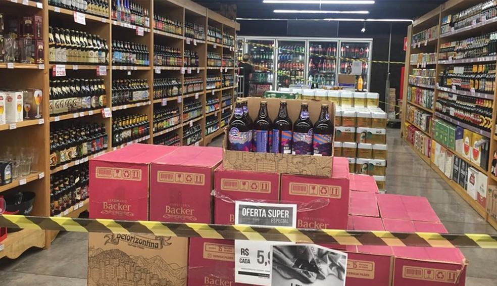 Horário para venda de bebidas alcoólicas foi ampliado em duas horas, passando a ser permitida das 21h às 6h  — Foto: Raquel Freitas/G1