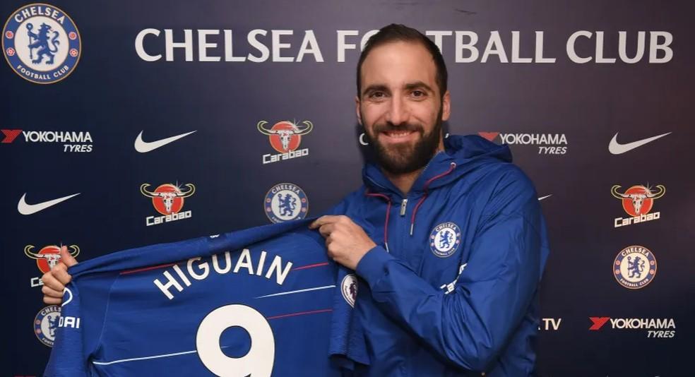 Higuaín vestirá a camisa 9 no Chelsea — Foto: Divulgação