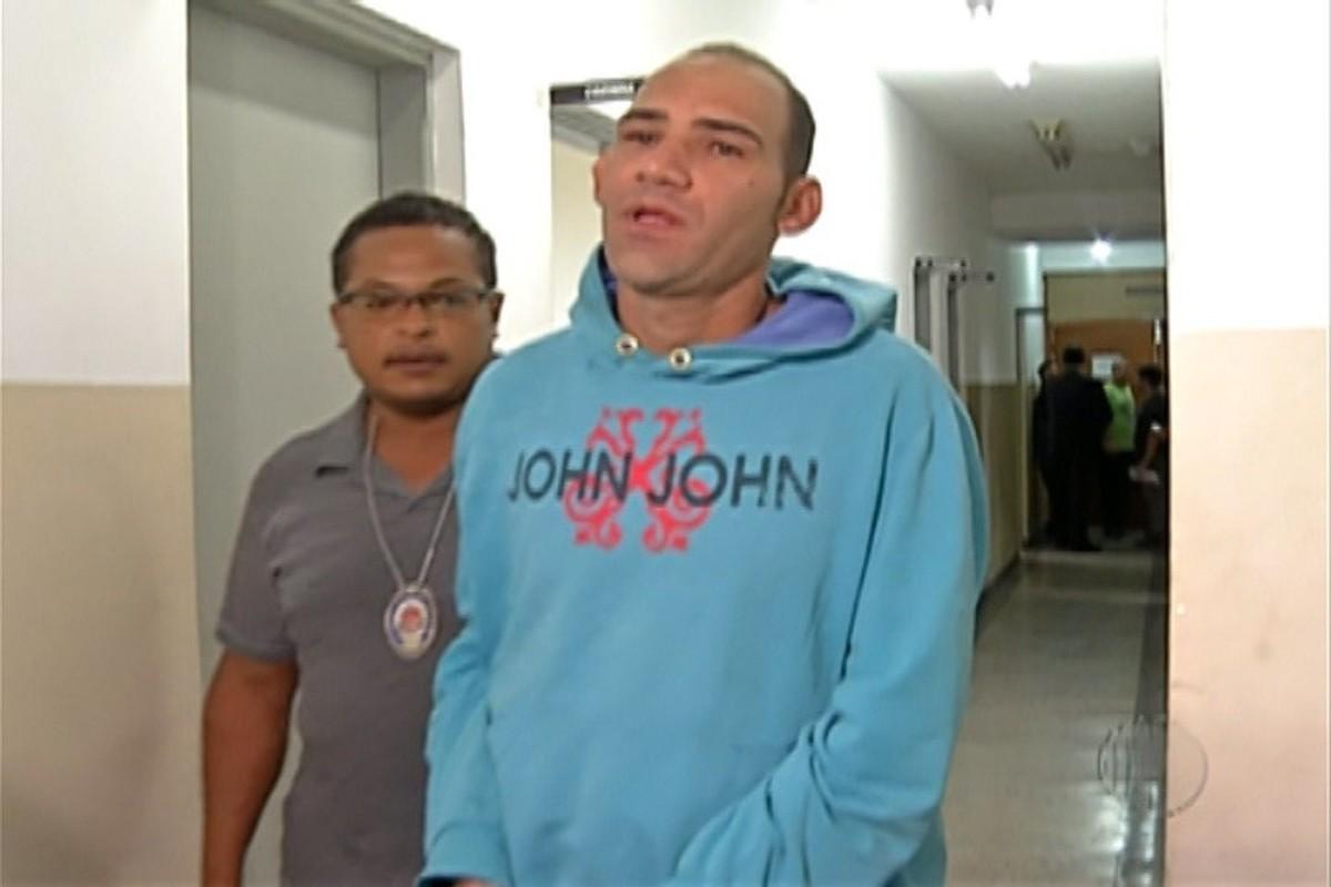 Polícia Civil de Suzano interroga suspeito de manter crianças reféns em van escolar