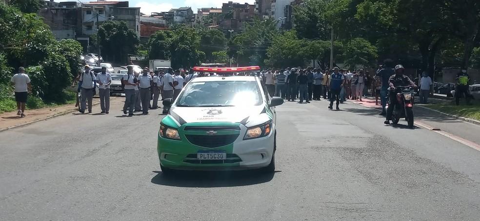Caminhada foi realizada na manhã desta quarta-feira, em Salvador — Foto: Cid Vaz/TV Bahia
