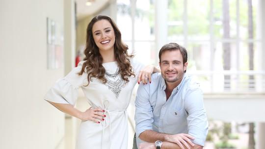 Max Fercondini e Amanda Richter contam como conciliam aventura com namoro de oito anos